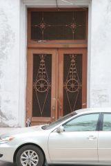 Двери второго подъезда