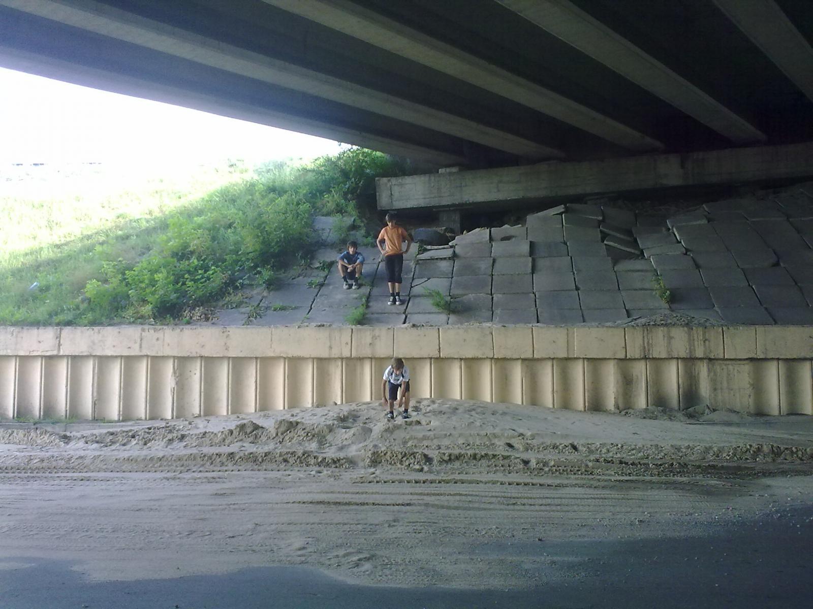 Мост через р.Днепр р-н порта 17.08.11г.