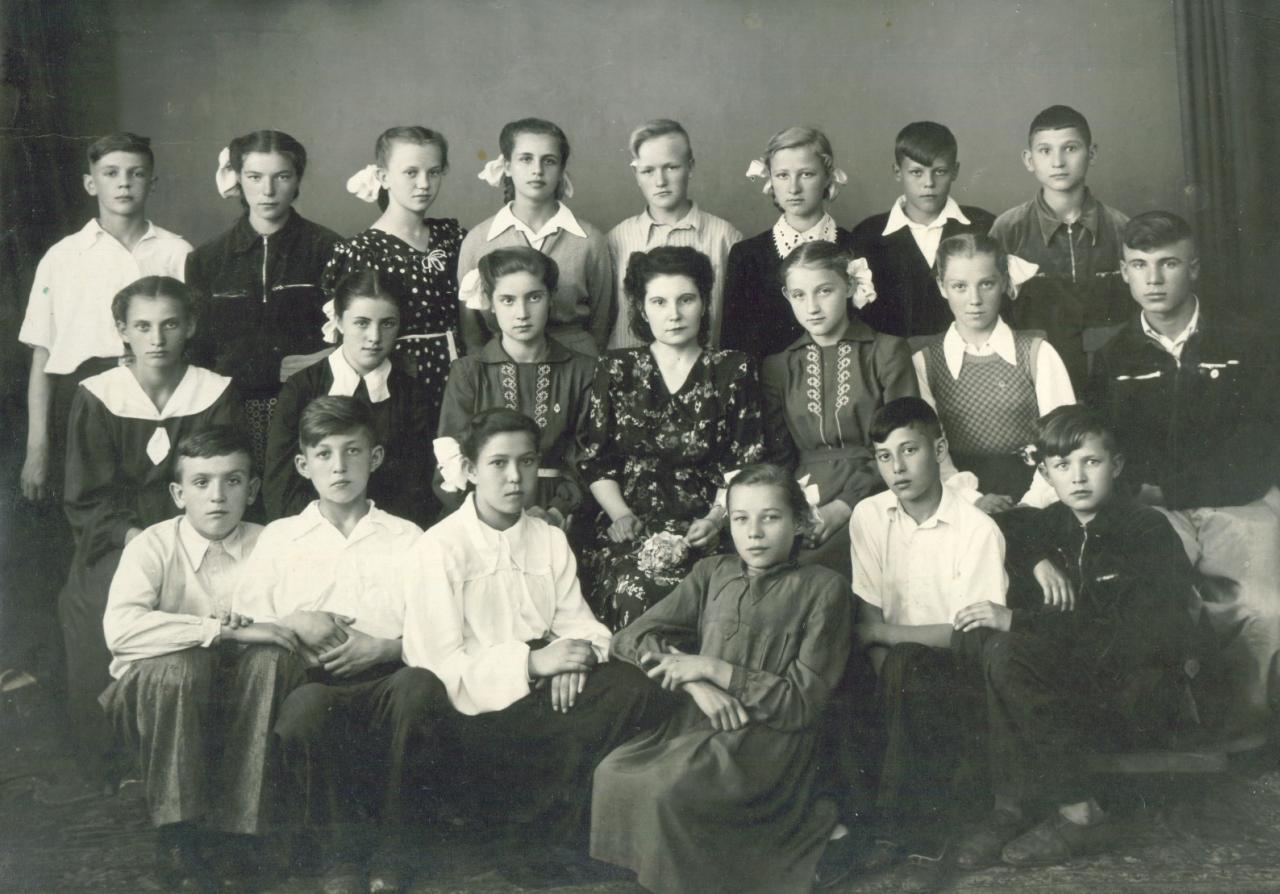 1955г. Школа №18. 7а класс.